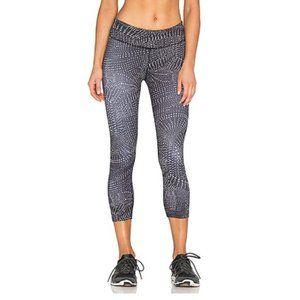 Beyond Yoga Swirling Dot Lux Print Capri Legging